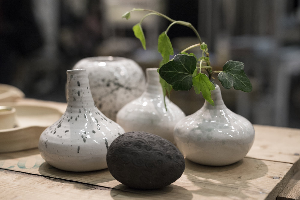 Hand-made Ceramic vases and forms from Lisa Lyneroth Handgjorda brukskeramik från Lisa Lyneroth
