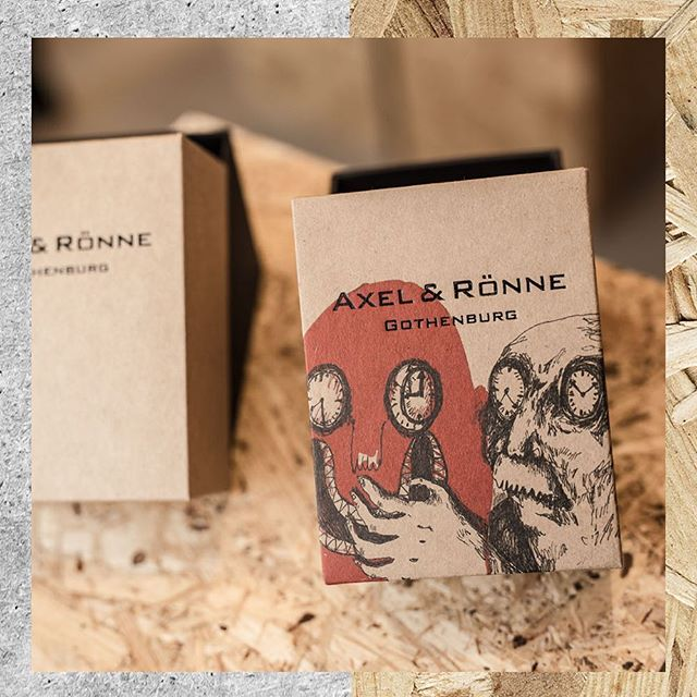 We made some new boxes for our watch!🤘🏻Creative boxes for creative brand! What do you think?🙃 ⠀ #axelandronne #creativeminds #packagingdesign
