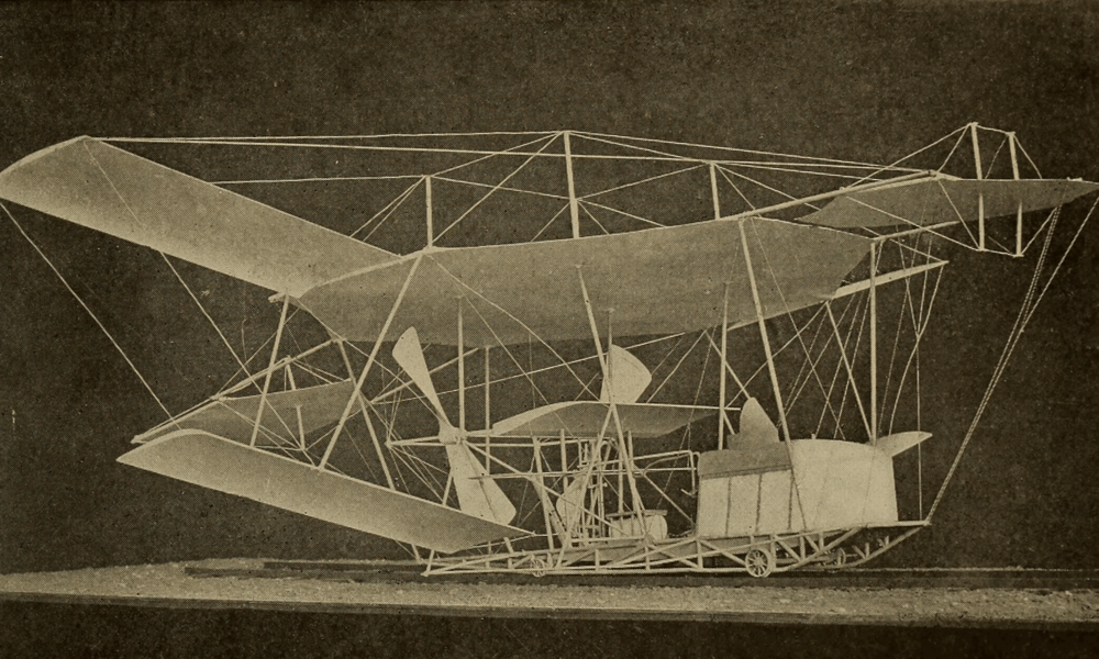 Maxim's_Experimental_Flying_Machine_-_Model_-_Cassier's_1895-04.png