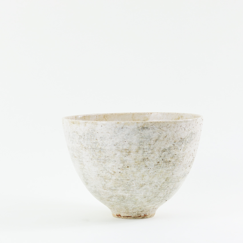 """Natural Living"" exhibition at Artichoke Gallery, Sussex - I'm so pleased to have been invited to show at Artichoke Gallery, Church Street, Ticehurst TN5 7AE in their autumn exhibition entitled ""Natural Living"". I'll be in the company of some very talented artists, and will be showing a range of bowls with layered oxides and glazes as well as some of my moon-vases.The exhibition runs from 6th October to 22nd December 2018.Click on the image to see more, and make sure you don't miss a visit to this lovely gallery."