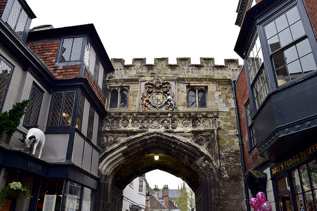 Salisbury High Street Gate & Porter's Lodge