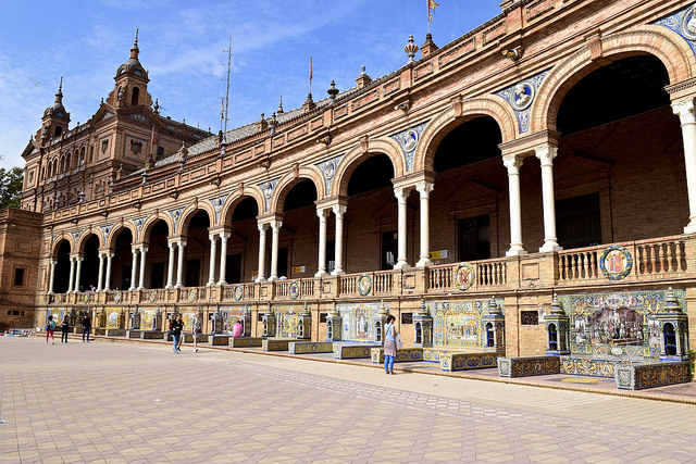 Plaza de España Seville.jpg