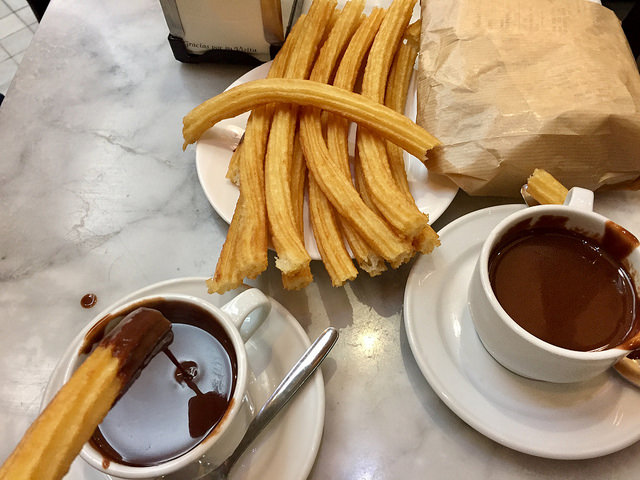 Churros con Chocolate!