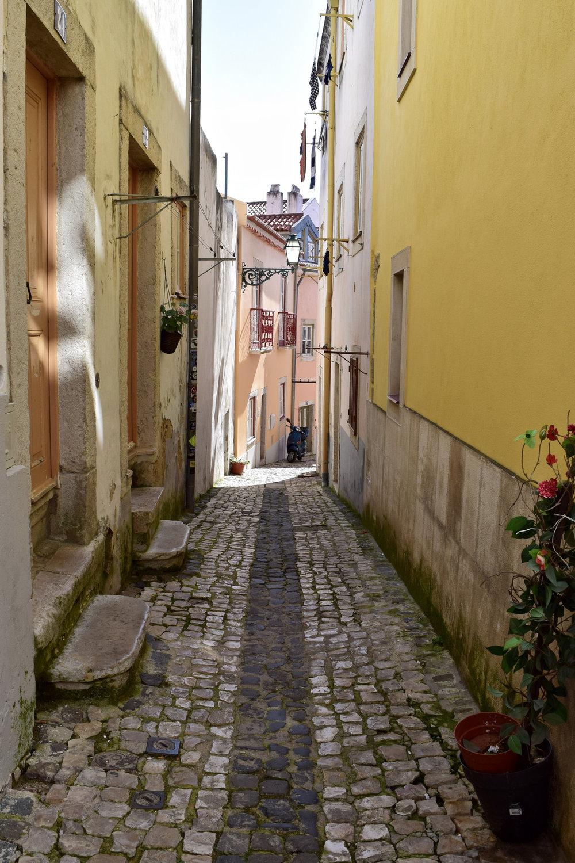 Alfama streets yellow.jpg