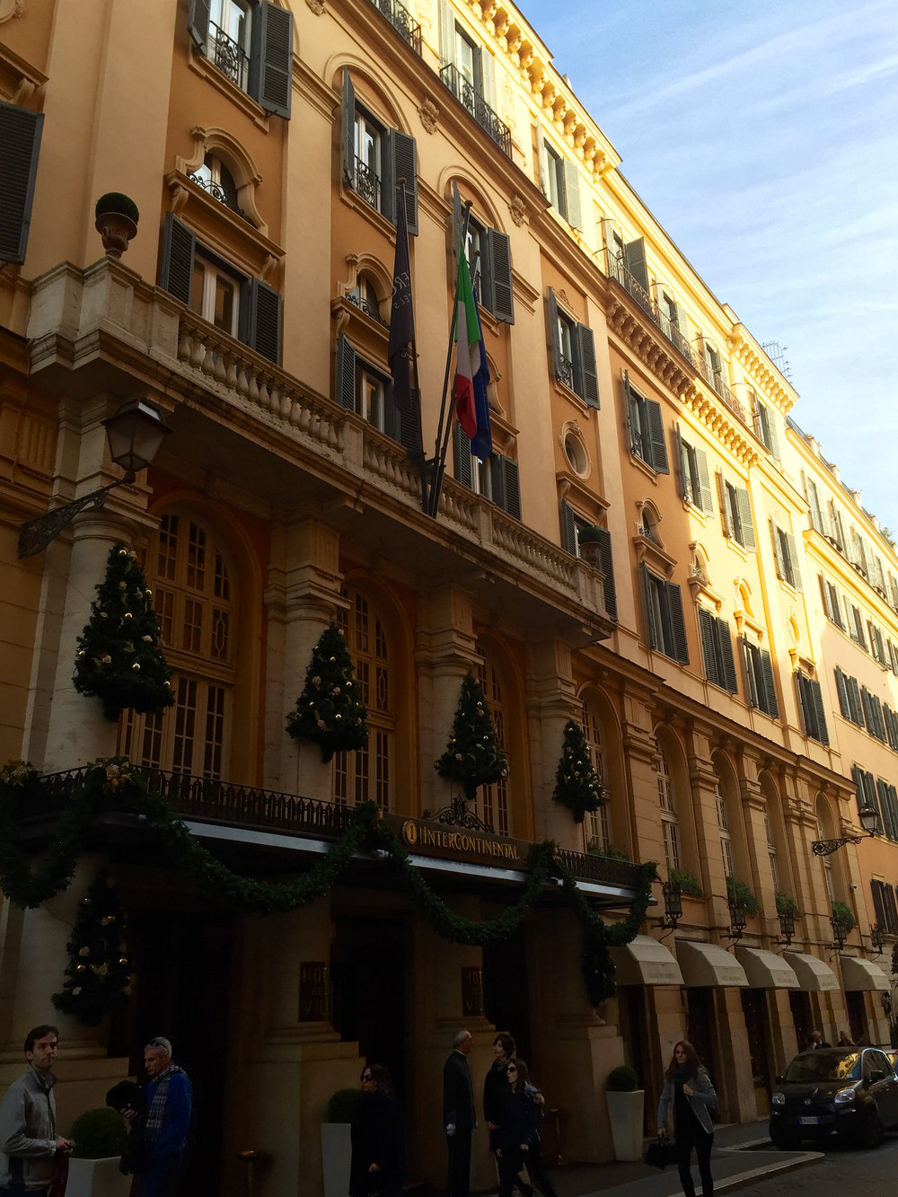 Hotel de la ville.jpg