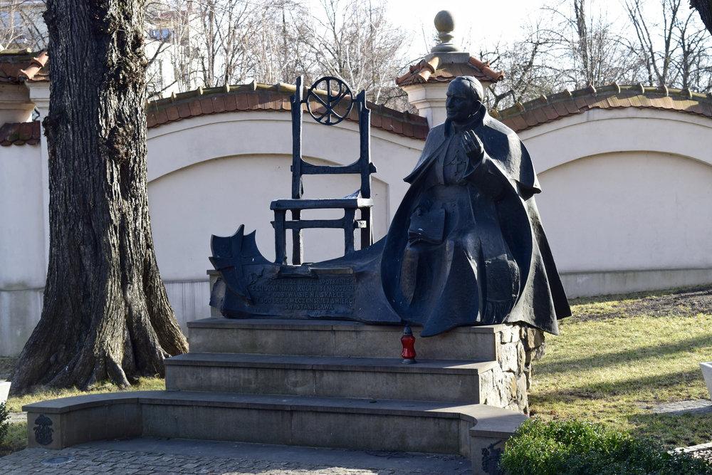 JPII Statue.jpg
