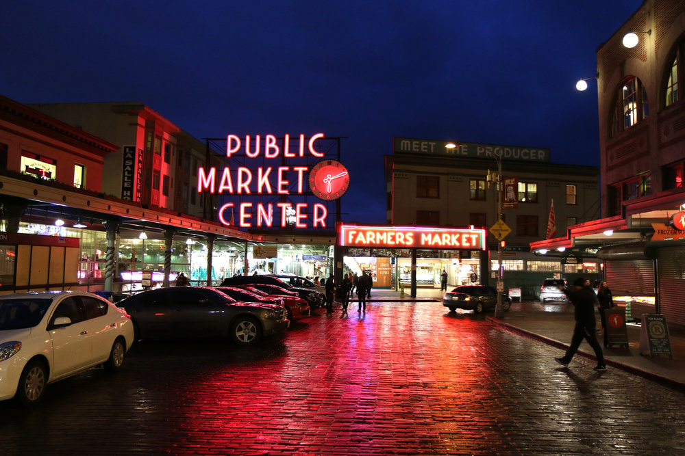Pike's Public Market in Seattle, Washington at night