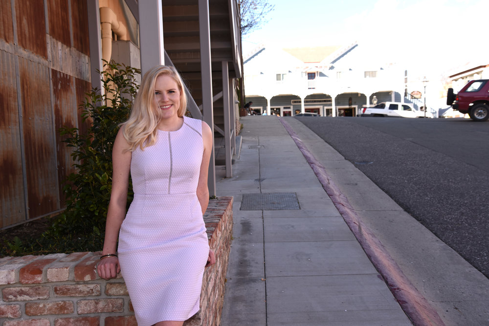Travel and lifestyle blogger Bri Sul travels to the beautiful city Nevada City, California. The ulitmate travel guide for where to go, stay, and eat.