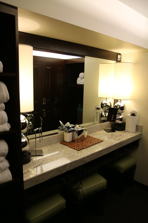Brine light inhalation therapy room decor