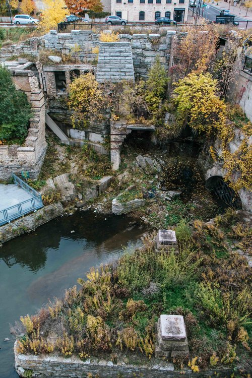 Mill Ruins Park and other things to do while visiting Minneaspolis, Minnesota! Perfect for the whole family.
