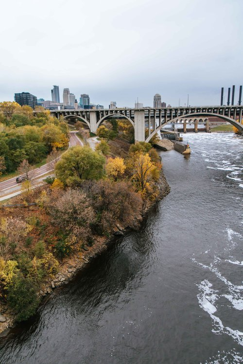 Riverfront Park Walk along the Mississippi river in downtown Minneapolis, MN. Beatiful fall colors.