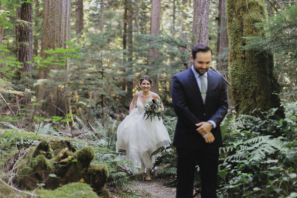 Katie Nic Diablo Lake Wedding Tyler Ray b (25).jpg
