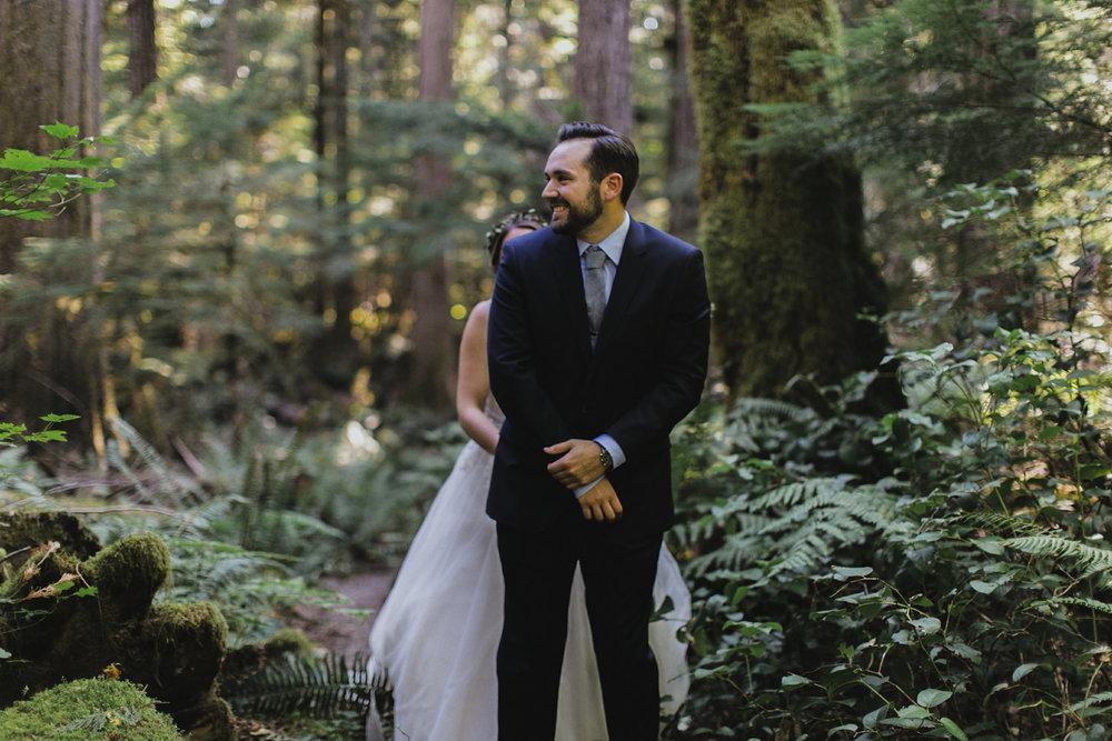 Katie Nic Diablo Lake Wedding Tyler Ray b (29).jpg