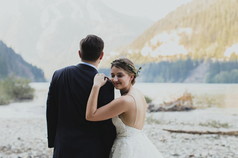 Katie Nic Diablo Lake Wedding Tyler Ray (131).jpg