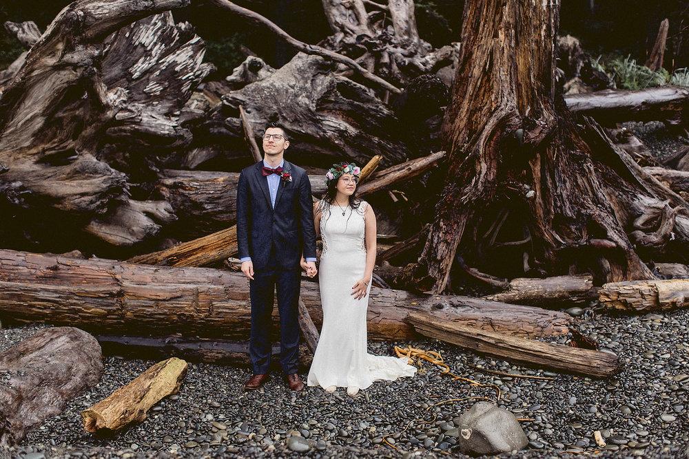 that pacific northwest wedding portrait