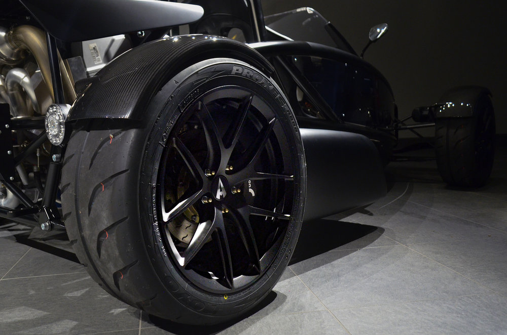 Ariel_Atom_3RS_Wheels_002.jpg