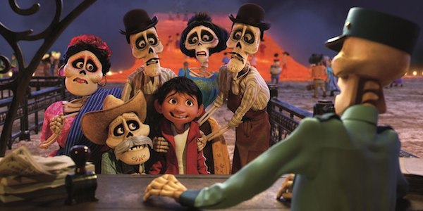 1033101-first-full-length-trailer-arrives-pixars-coco.jpg