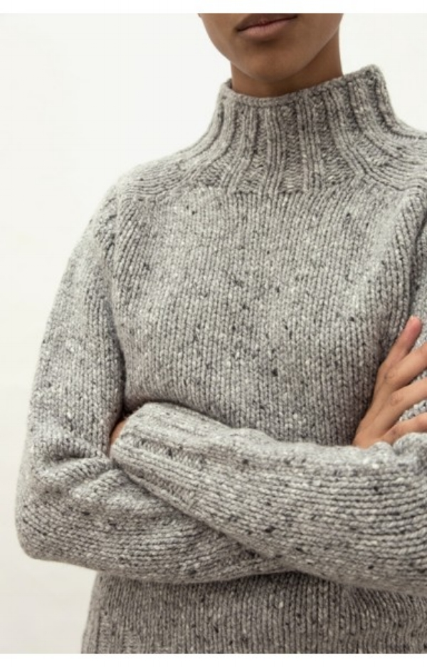 the_acey_grey_cashmere_sweater4.jpg