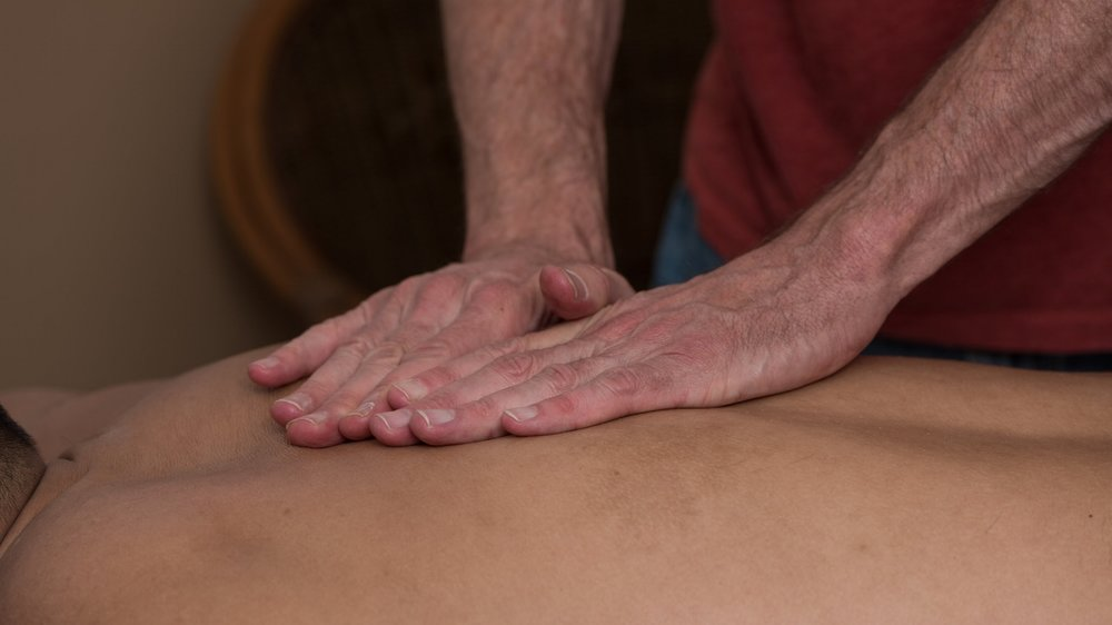Massage+Close+Ups-18.jpg
