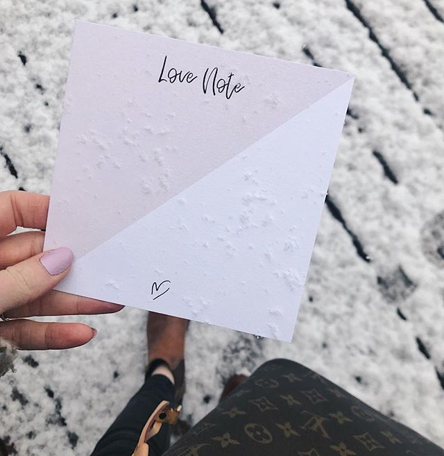 Good morning Sunday! Woke up to some fresh winter bliss. Though we're definitely ready for spring, the snow makes us want to bundle up and write sweet little notes.