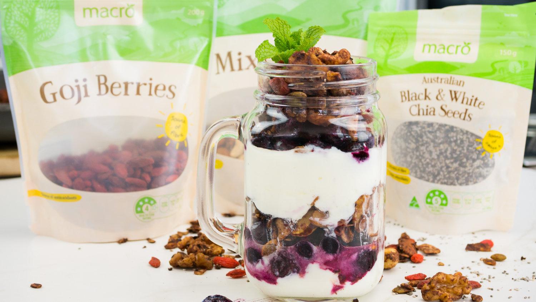 Cacao Goji Berry Muesli Chloe Moir Nutrition