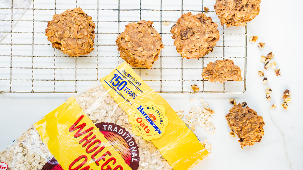 Banana, Peanut Butter and Oat Cookies