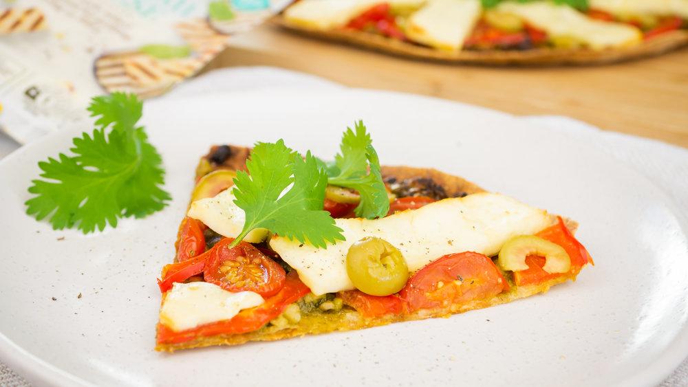 Halloumi & Pesto Pizza