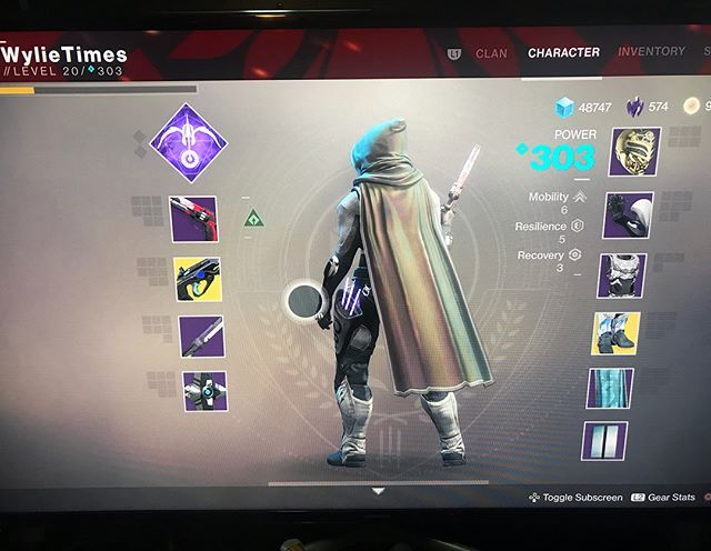 The cosmetics in this is all the end game I need. #destiny2 . . . . #hunter #destinyhunter #destinythegame #bungie