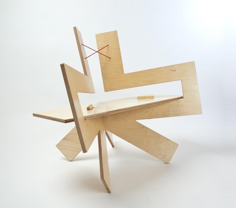 Kadushin- Samurai Chair halfside_DSC0109.jpg