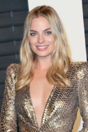 https://hips.hearstapps.com/cos.h-cdn.co/assets/16/09/1457112938-margot-robbie.jpg?crop=1.0xw:1xh;center,top&resize=480:*