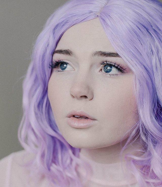 💜💜💜 @theliskay . . #anyastormphotography #portraits_mf #portraitpage #seniorphotos #seniorphotos #kawaii #portsmagazine #yourvisiongallery #yngkillers #agameoftones #pastelgrunge #pastelaesthetic #pursuitofportraits #purplehair #blueeyes #seattlephotographer #seattlemodel #vintagephotography #pnwcreatives #pnwpeople #endlessfaces #modeling