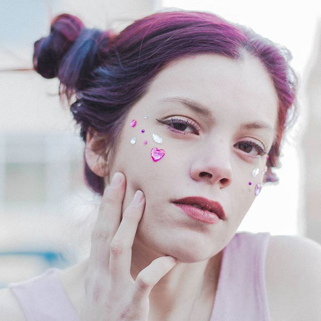 Spread a little love wherever you go 💖💝💟 @lunah_ . . #anyastormphotography #agameoftones #pastelgrunge #pastelaesthetic #hearts #valentinesday #pink #pastel #redhair #kawaii #kawaiigirl #fashionphotography #seattlephotographer #seattleportraits #seattlemakeup #seattlemodel #modeling #pnwcreatives #pnwpeople #seniorinspire #portraitpage #portraits_mf #portsmagazine #myunicornlife #endlessfaces