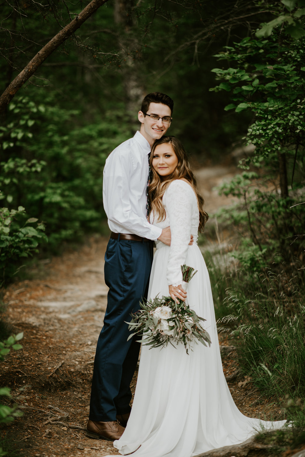 Lacey-Joe-Chattanooga-Nashville-Tennessee-Wedding-Elopement-Photographer-136.jpg