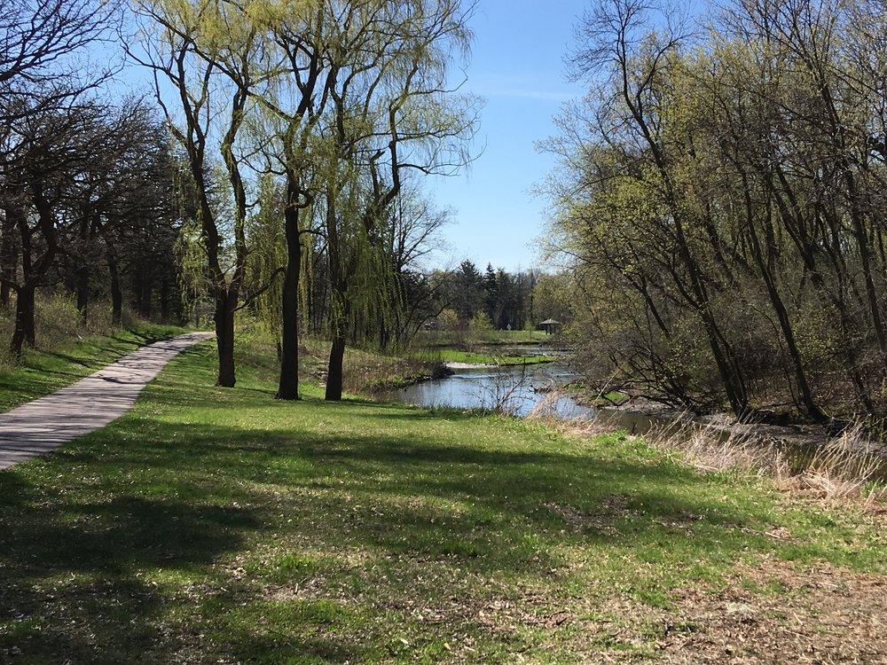 Theodore Wirth Parkway pedestrian trail