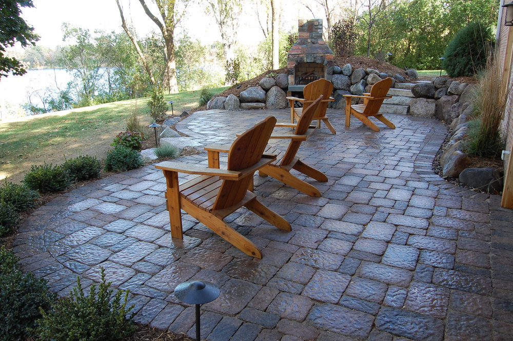 Wayzata-Upper-Paver-Patio.jpg