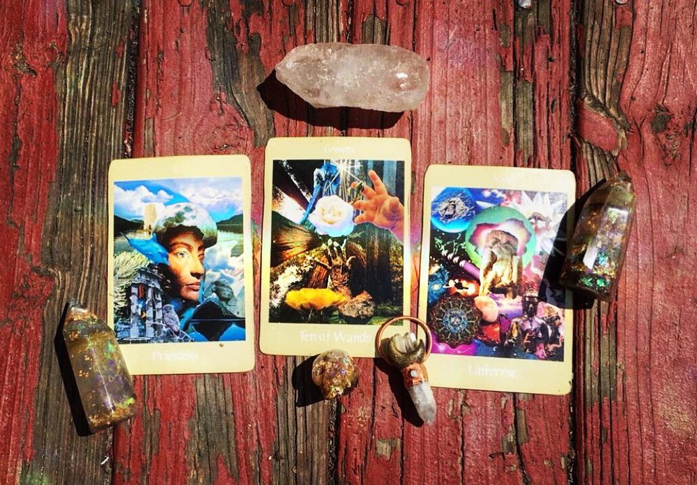 Aloha Friday 23 March 2018 3-card, tarot spread (above) with accompanying interpretation (below) and guided meditation mp3 (further below); click image to be directed to  @kapualani_  via Instagram