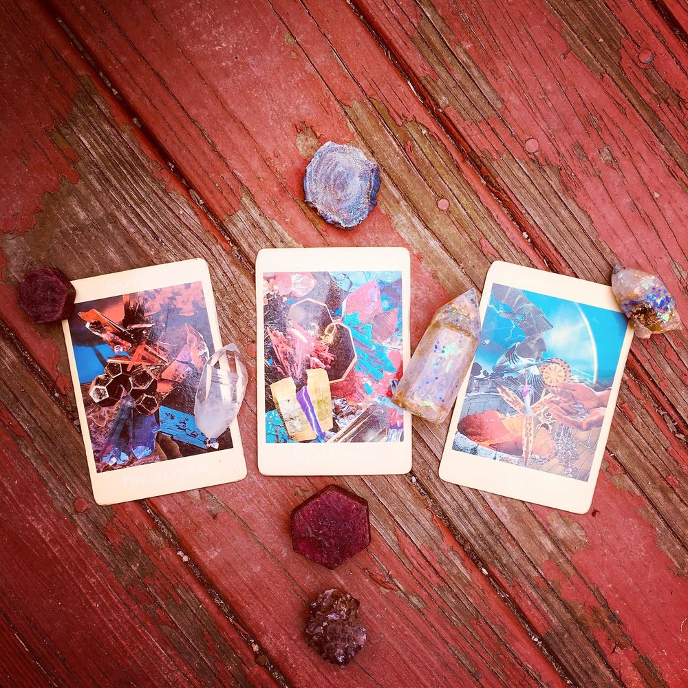 Aloha Friday 30 March 2018 3-card, tarot spread (above) with accompanying interpretation (below) and guided meditation mp3 (further below); click image to be directed to  @candicosmic  via Instagram