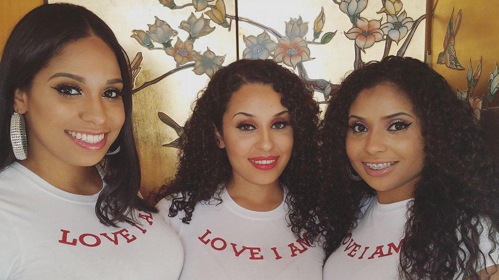 Jackson, Sisters.jpg