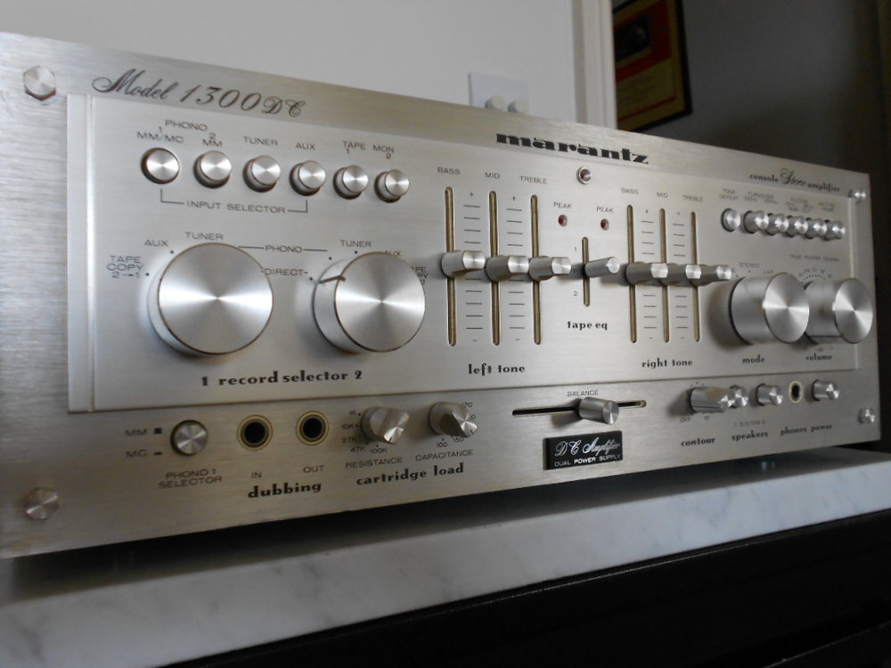 Marantz 1300 DC amplifier 002.JPG