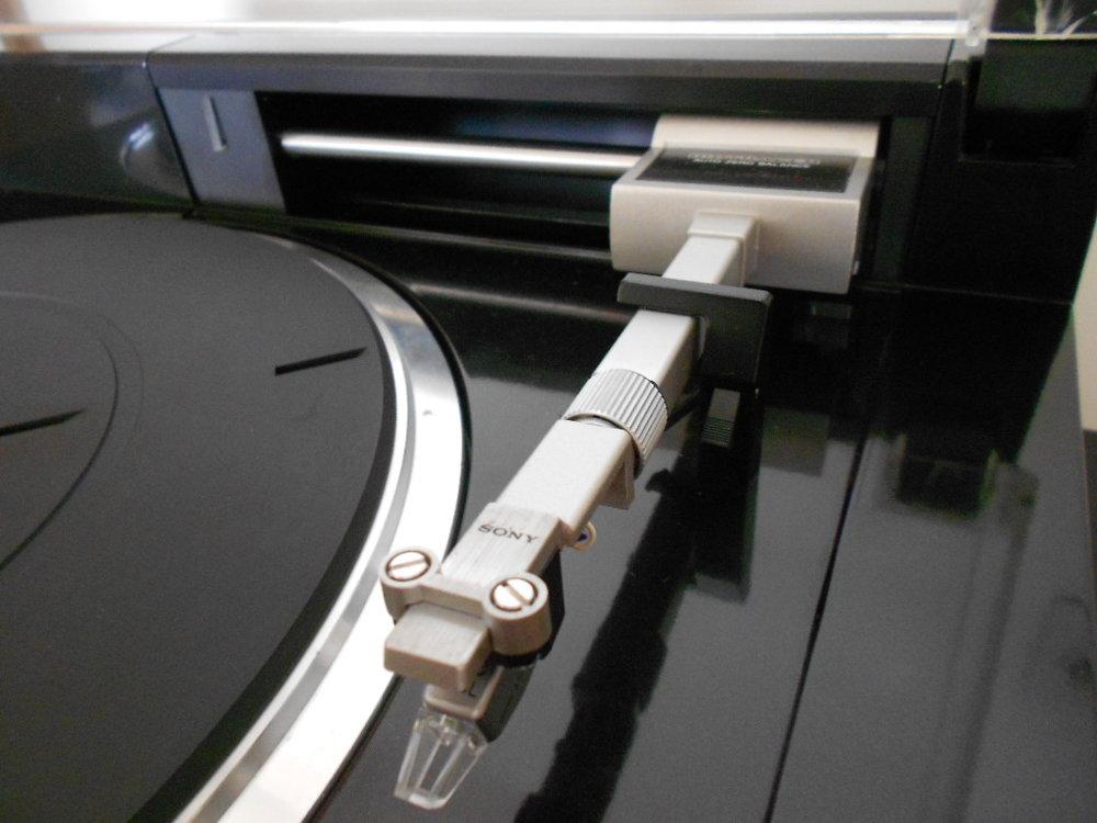 Sony PS-X800 Sony Biotracer turntable.