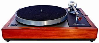 Linn turntable fitted witha Linn Ittock arm and Dynavector cartridge. The Linn was launched in 1972 and is still going strong, albeit with numerous modifications.