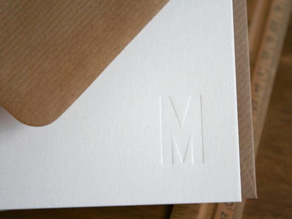 SmallCaps-Monogramm-Daw3.jpg