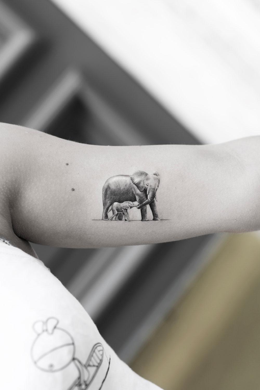 Elephant-Single-Needle-by-Alessandro-Capozzi-in-Aureo-Roma-Tattoo-&-Gallery.jpg