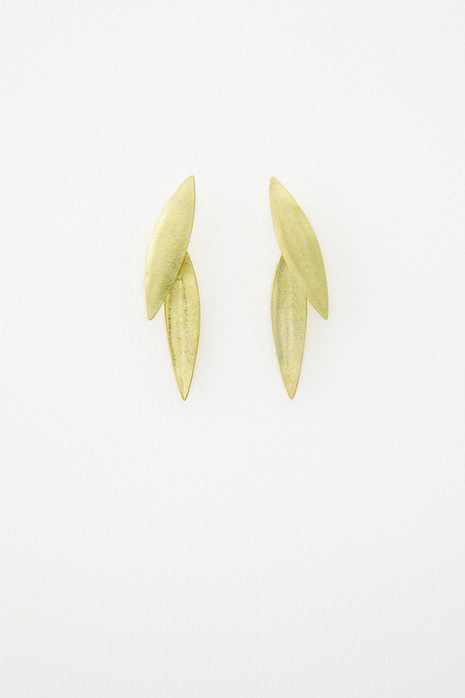 18ct Gold Plume Earrings