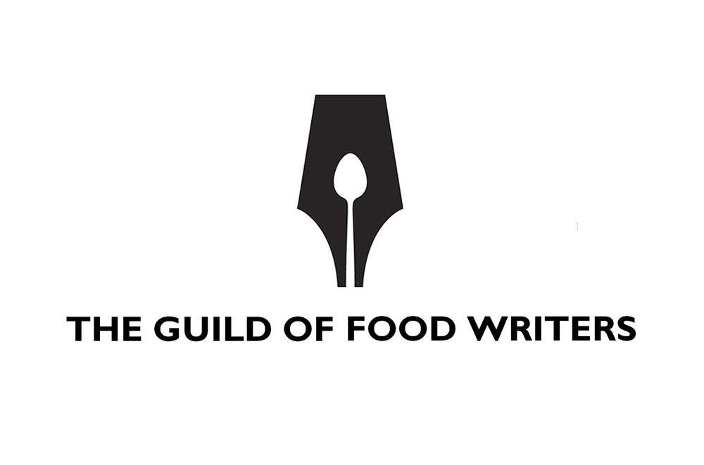 Un logo imposible de olvidar gracias a su mezcla de simplicidad e ingenio, y que resume magistralmente de qué se trata: escritores gastronómicos.