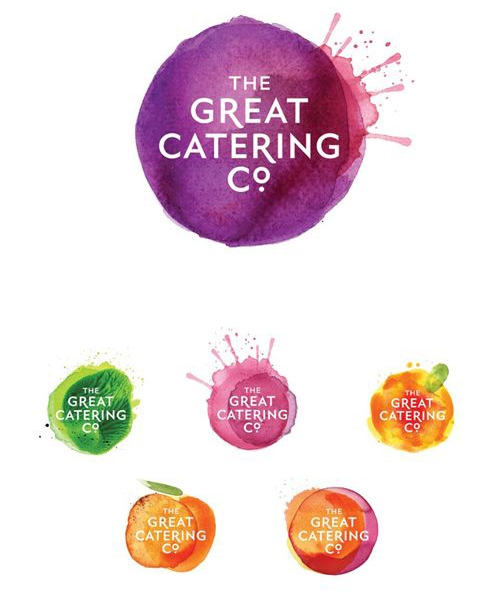 - Para una empresa de catering, esta solución de diseño (con sus variantes) es llamativa y diferente, y a la vez logra comunicar esa sensación de frescura tan importante cuando se trata de alimentos.