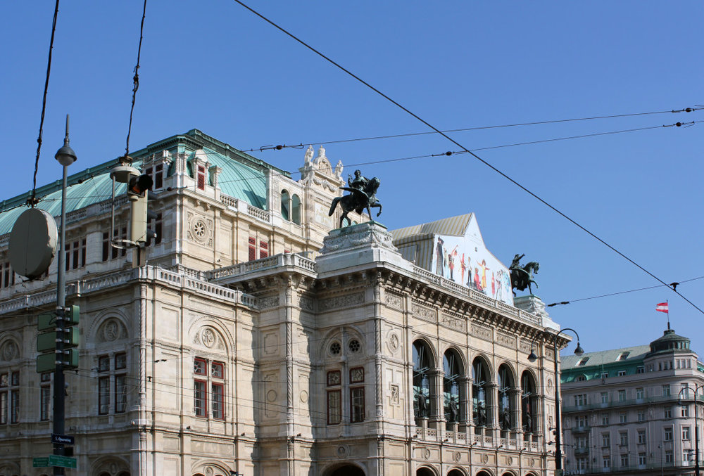 How to see the Opera in Vienna for cheap