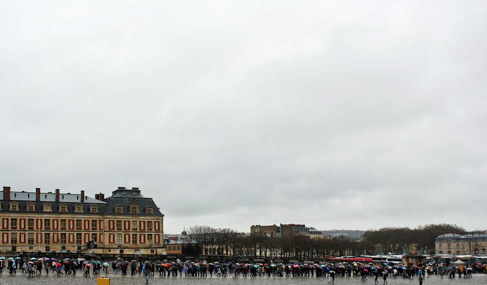 Versailles-Line-Up.jpg