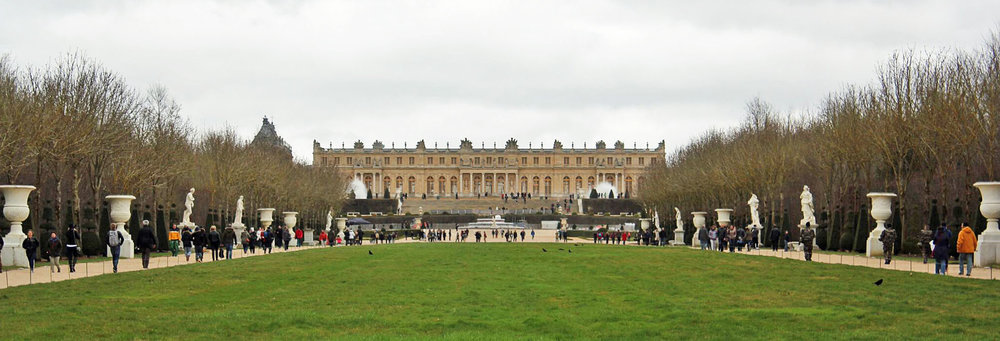 Versailles-Yard.jpg