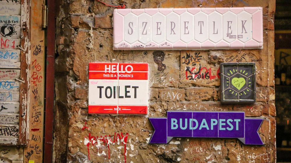 Szimpla Budapest Ruin Pubs